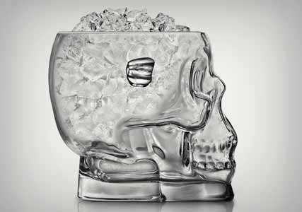 glass-skull-ice-bucket